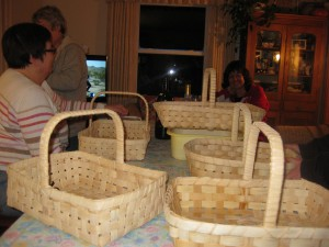 Innkeeper Anita's high school classmates gather to learn basket weaving.